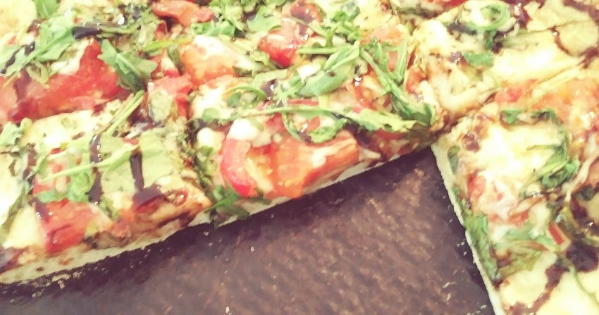 Sam S Place Arugula Pizza With Balsamic Glaze