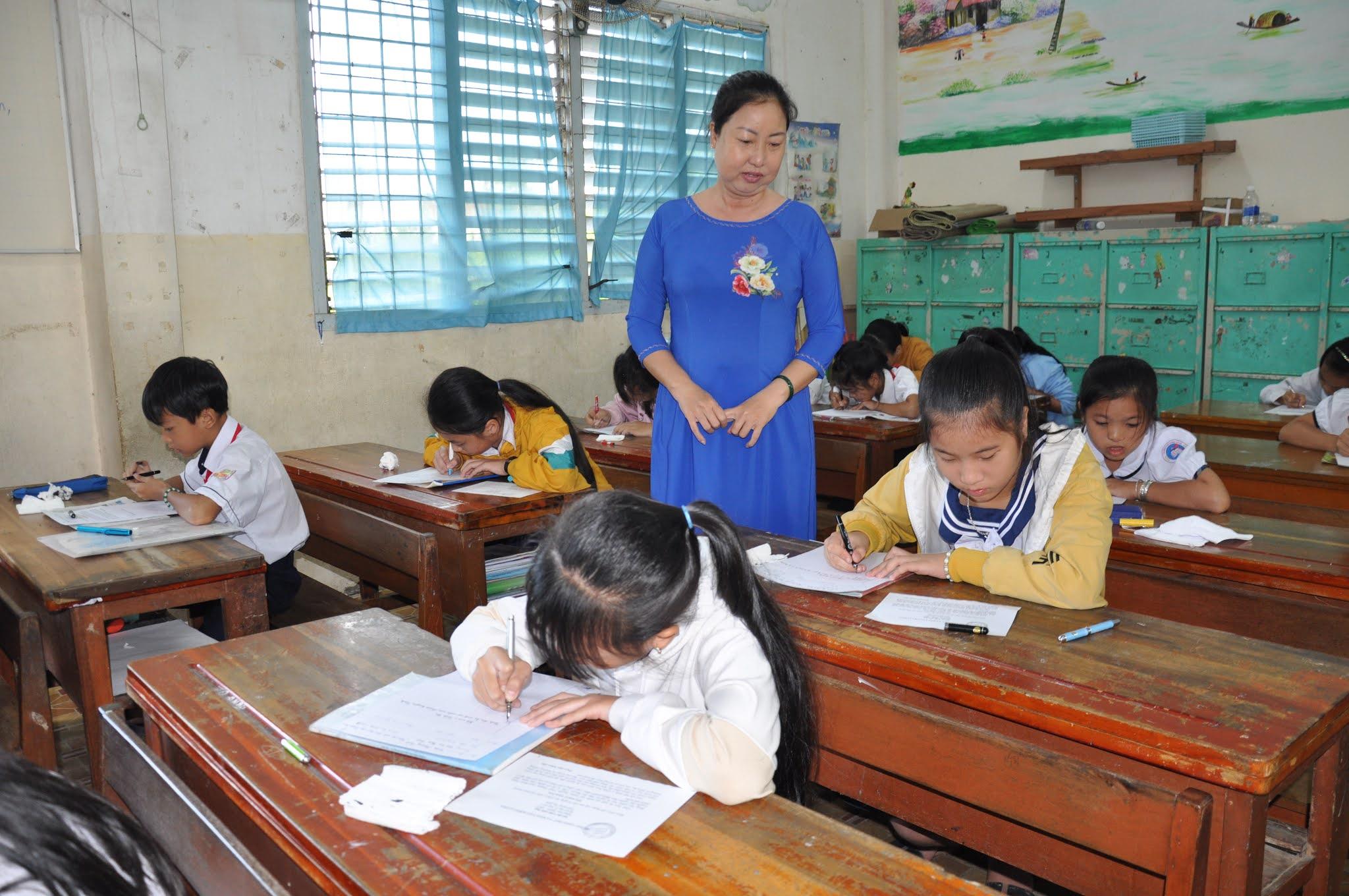 Hội thi Viết chữ Đẹp năm học 2020-2021