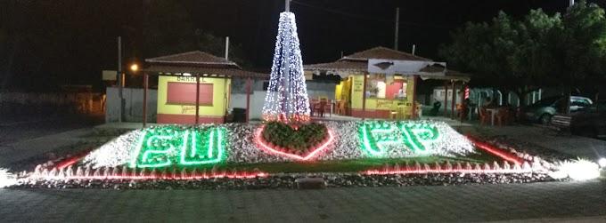 Cidade iluminada: decoração de Natal de Fernando Pedroza já atrai visitantes a praças e ruas