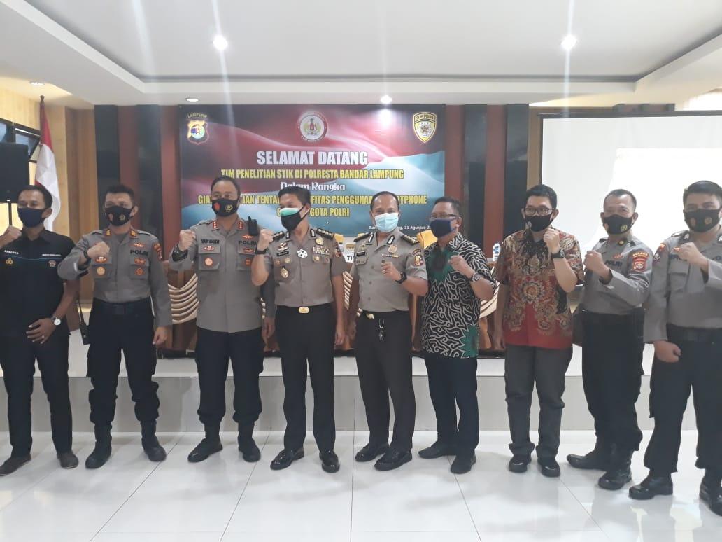Personil Polres Pesawaran menerima kunjungan kerja tim penelitian STIK/PTIK