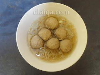 penampakan bakso dalam mangkok (1)
