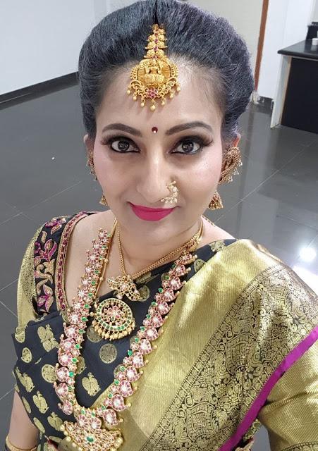 Bride in Mango Mala with Emerald Peacock Set