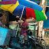 Daeng Talle Menghidupi Keluarga dengan Jual Bakso Goreng Keliling