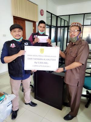 Yayasan Perguruan Al Kautsar dan Sekolah Tunas Mekar Indonesia Salurkan Donasi untuk Kalsel dan Sulbar