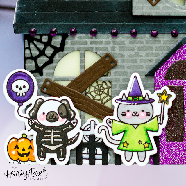 Autumn Splendor,Stencil,Honey Bee Stamps,Shaped Card,Ink Blending,Halloween,Trick or Treat,Sneak Peek,Card,Haunted house, Boo, Card Making, Stamping, Die Cutting, handmade card, ilovedoingallthingscrafty, Stamps, how to,