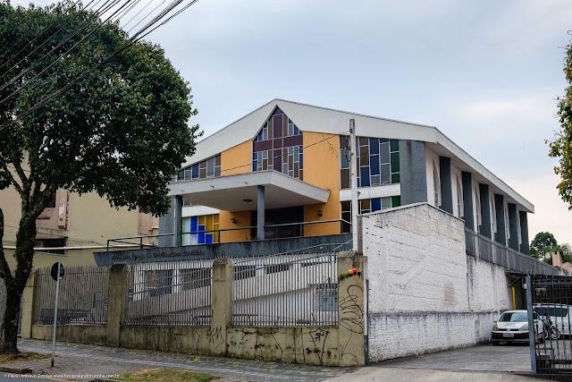 Prédio da Primeira Igreja de Cristianismo Decidido na Rua Barão de Antonina