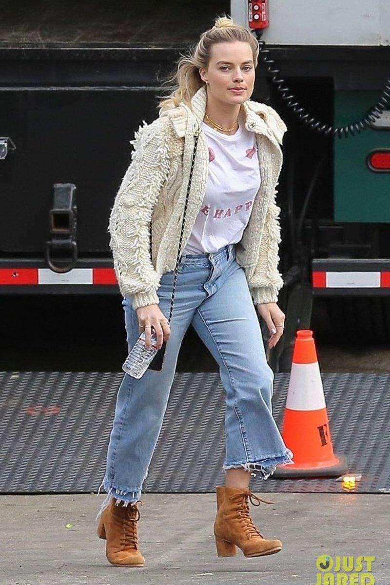 10 Looks da Margot Robbie no dia a dia