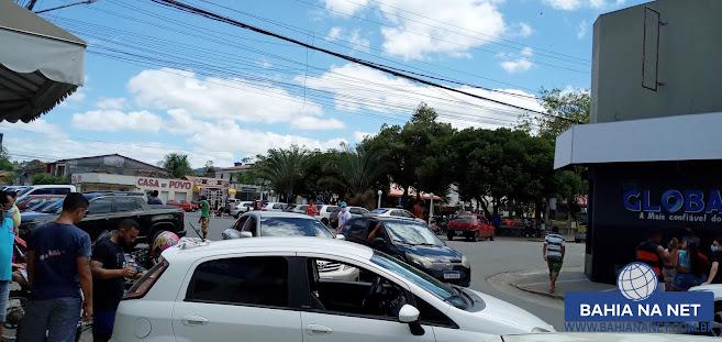 ITAGIMIRIM: Adesivaço marca 1º dia de campanha eleitoral do candidato Luizinho 2