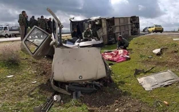 حادث سير على أتوستراد دمشق درعا يودي بحياة ستة أشخاص من عائلة واحدة