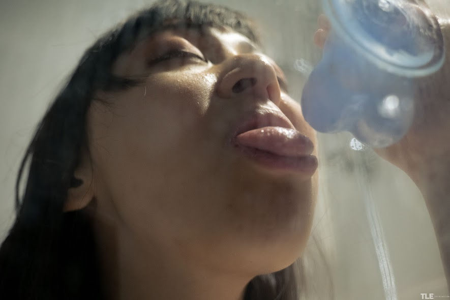[TheLifeErotic] Akari Suka - Blue Balls - idols