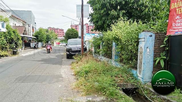 Tanah tepi jalan area Kampus di Pringwulung