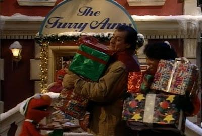Elmo, Alan. Sesame Street Elmo Saves Christmas