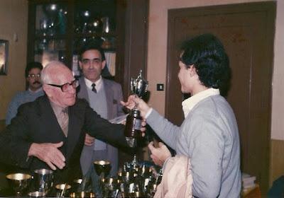 Entrega de trofeos del Torneo Social de Rápidas 1985