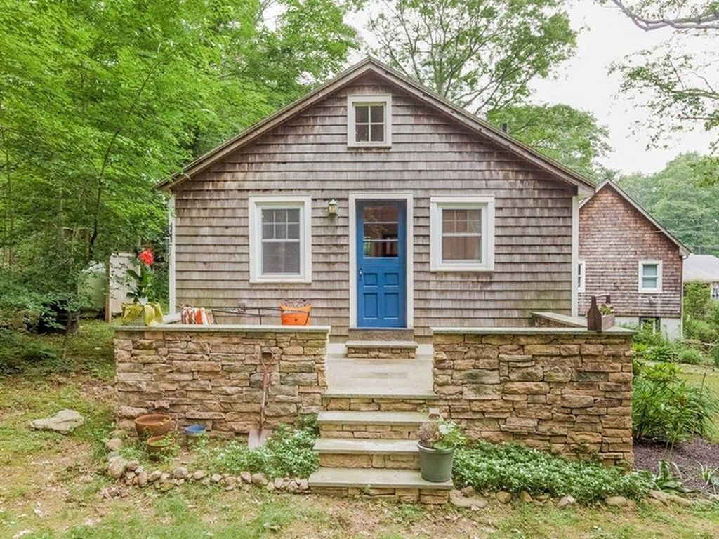 TINY HOUSE TOWN: Madison Cottage (400 Sq Ft)