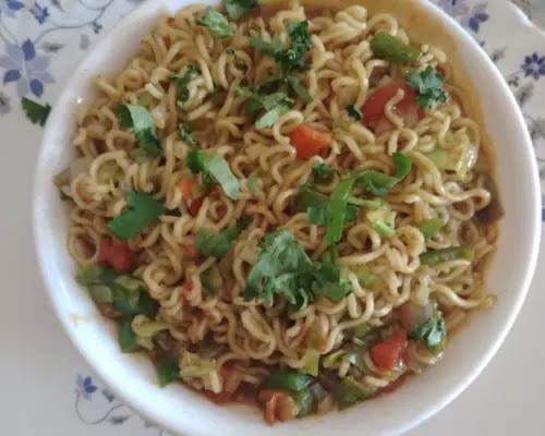 Tadka-masala-meggie-banane-ki-vidhi