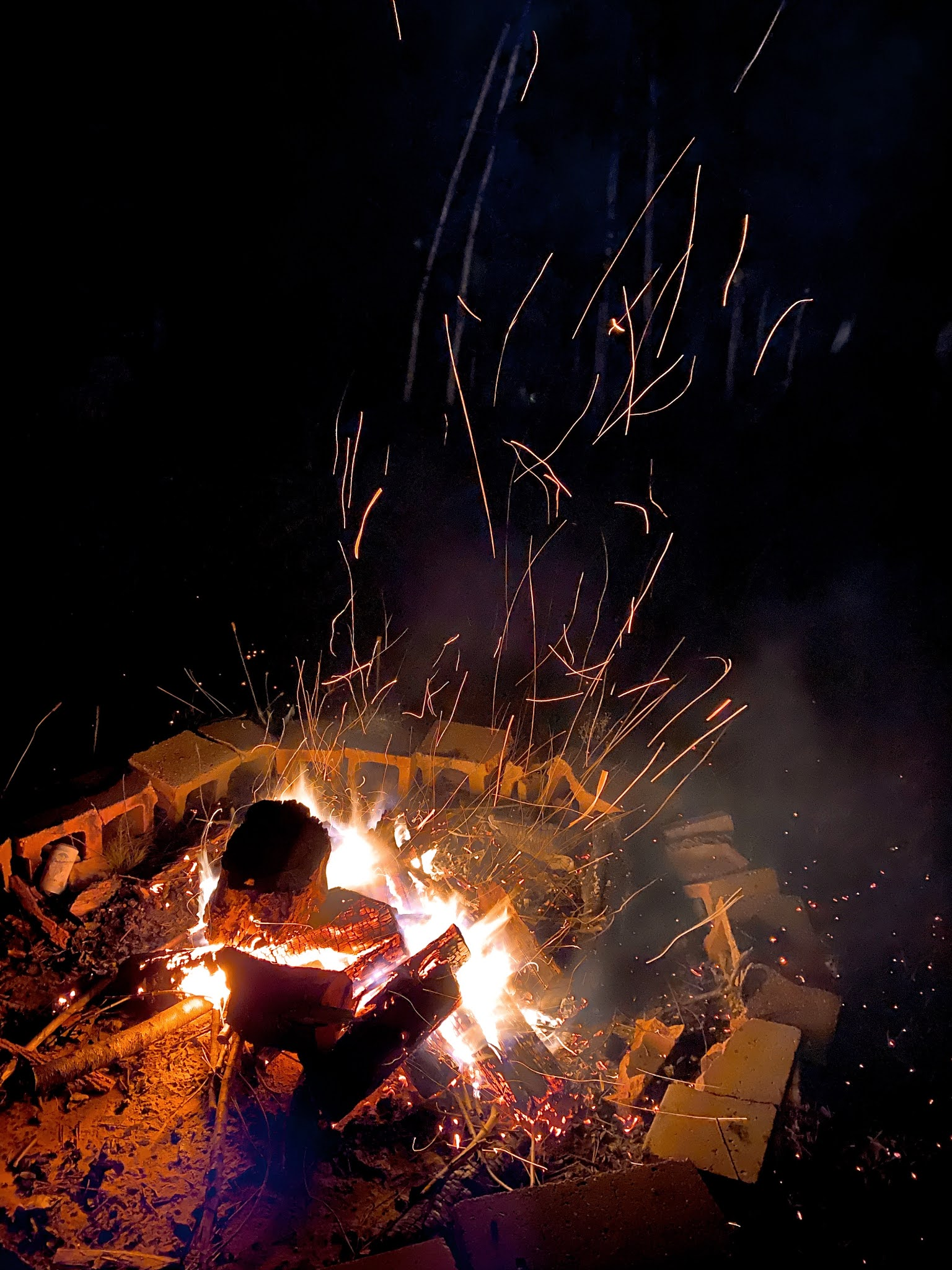 Bonfire Fridays | www.biblio-style.com