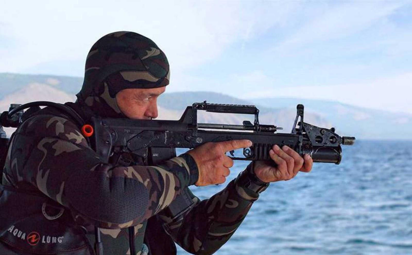 Senapan fungsi ganda bawah air dan darat telah mulai di pesan Rusia