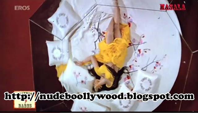 Shilpa Shirodkar Hot Scene Photo Still  Nude Bollywood-4059