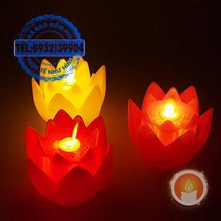 Đèn cầy hoa sen tim dao động