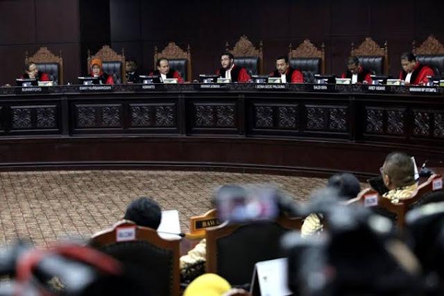 Hasil Sidang Sengketa Pilpres, MK Tolak Gugatan Prabowo-Sandi