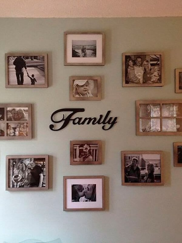 Photo frame depicts family moments