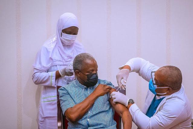President Buhari and Vice President Osinbajo receive COVID19 vaccine jabs (Pictures)