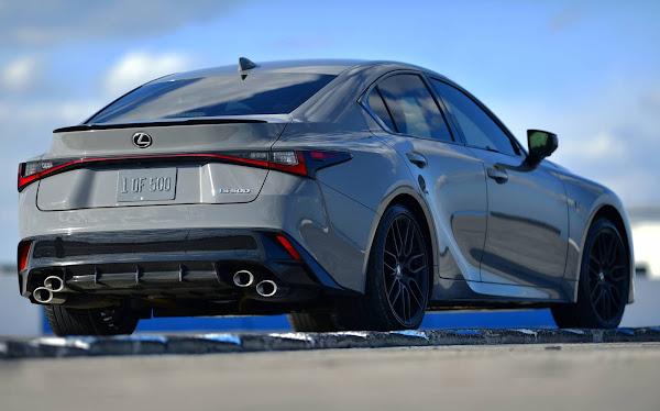 Lexus IS 500 F Sport traz V8 5.0L de volta para enfrentar Audi RS3