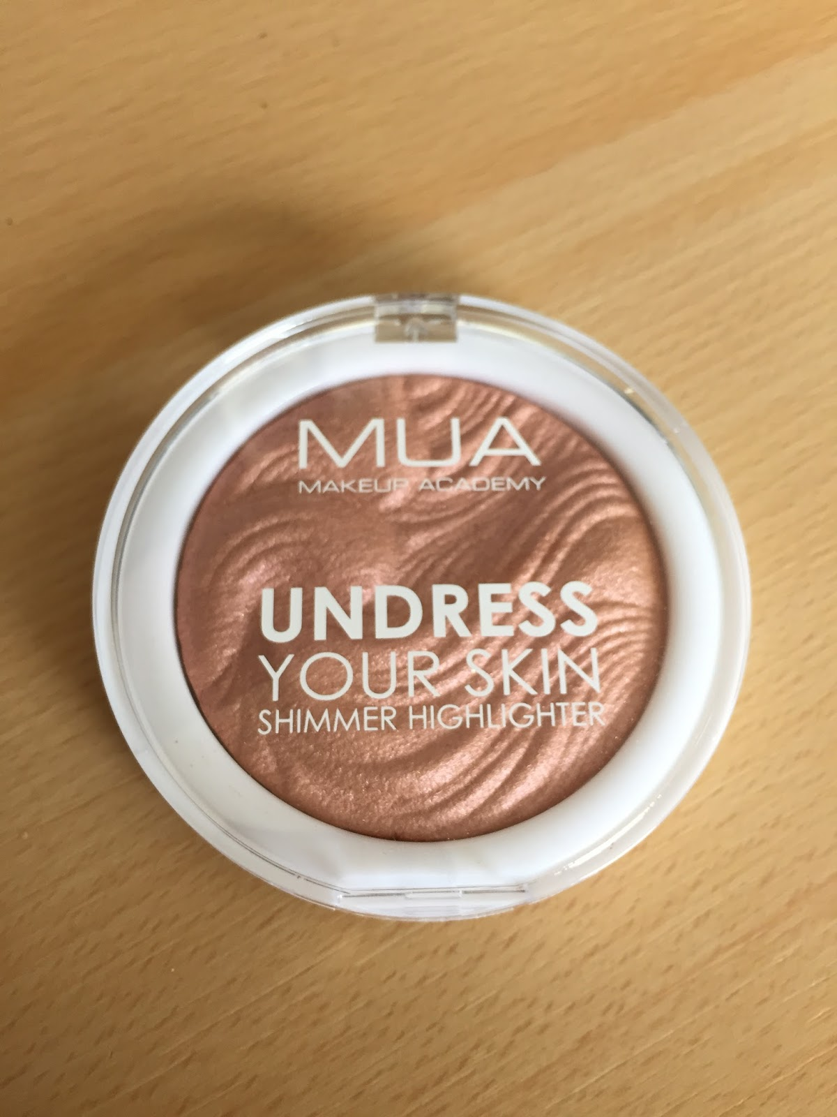 Review Mua Professional Eye Primer: Anne-Wil Kraan: Review MUA Undress Your Skin Shimmer