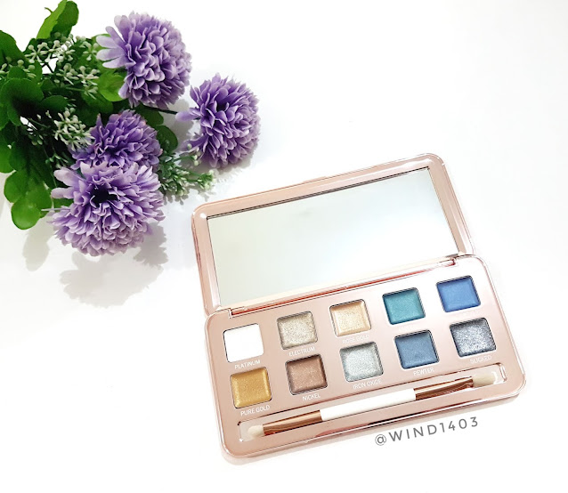 Review Models Own Colour Chrome Eyeshadow Palette