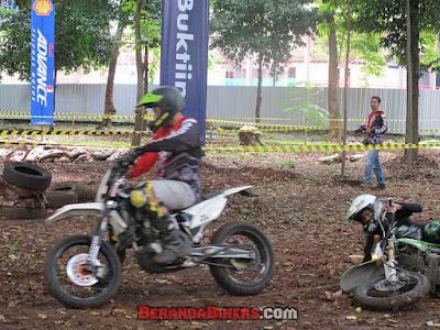 Seru! Fun Cross di Jakarta Bikers Meet 2016