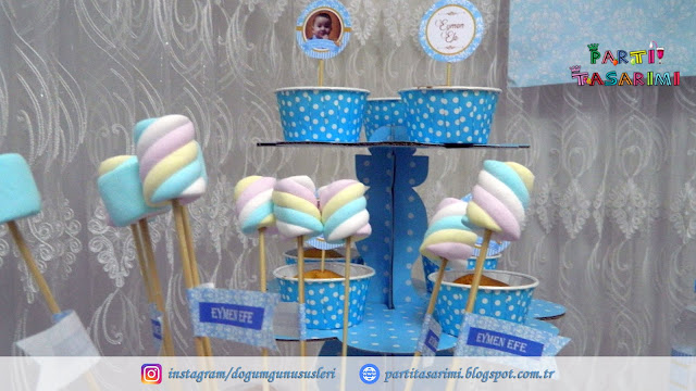 marshmallow etiketleri ve cupcake standı