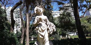 Canto de la Cosechadora de Antonio Canova en el Jardín Botánico Carlos Thays.