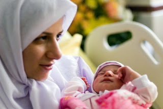 Tips Merawat Bayi Sepulang dari Rumah Sakit