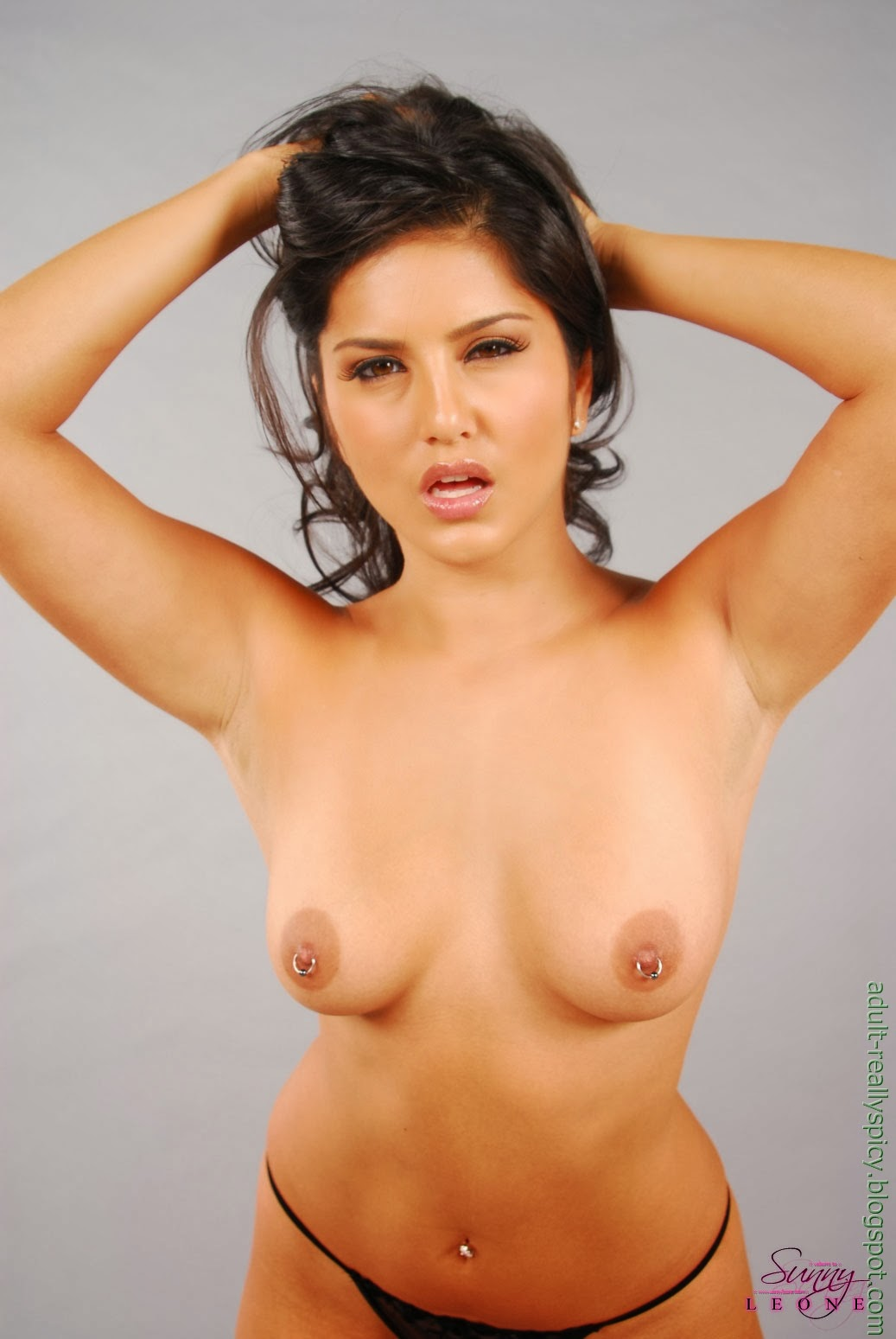 Pictures Of Naked Sunny Leone