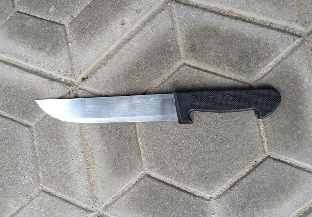 Comerciantes tomam faca de homem que ameaçava pessoas no Calçadão de Jacobina