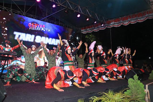 Tari Saman Yonarmed 1 Kostrad Meriahkan Gebyar Merah Putih di Kampung Tentara