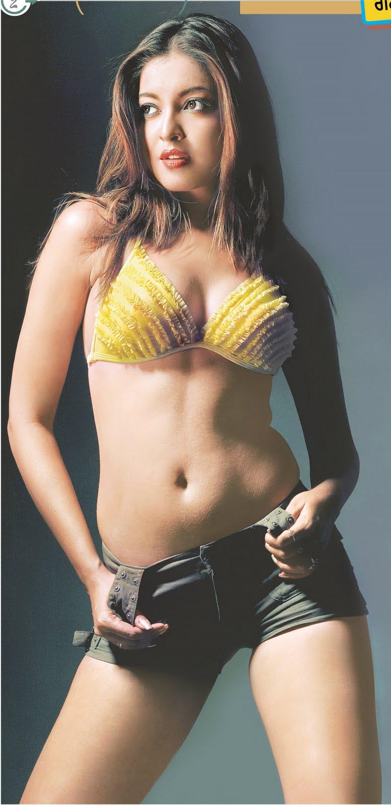 Bollywood Actress Photobook Tanushree Dutta Hot Body Show-5476