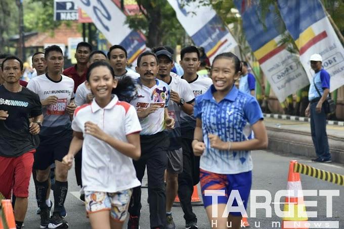Membludak, Ribuan Peserta Ikuti Sport Tourism Pati Run 2018