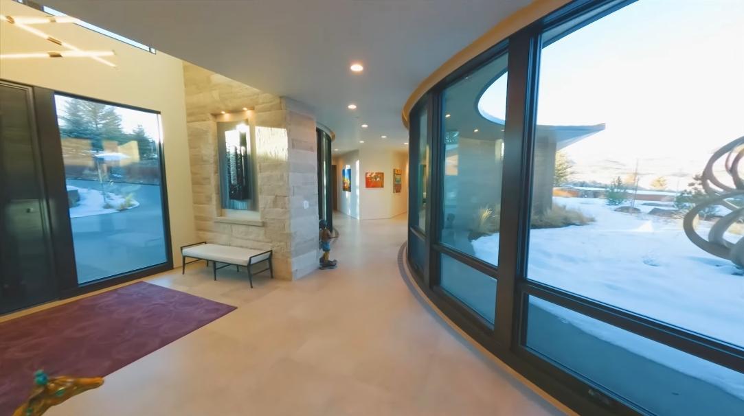 33 Photos vs. 800 Hollyhock St, Park City, UT Interior Design Ultra Luxury Home Tour