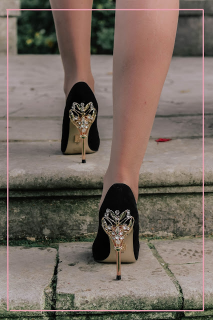 Moda in Pelle Ilari black gold stiletto heels