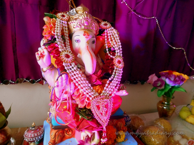 A simple and sweet Home Ganesha in Mumbai, Ganesh Chaturthi festival