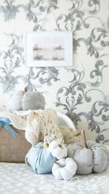 Home Chic Club Easy Fall Ideas - DIY Fabric Pumpkins