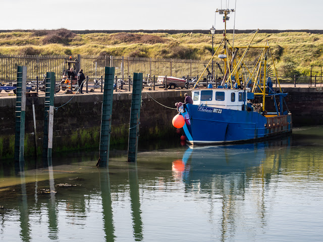 Photo of Chelaris heading into the boat hoist