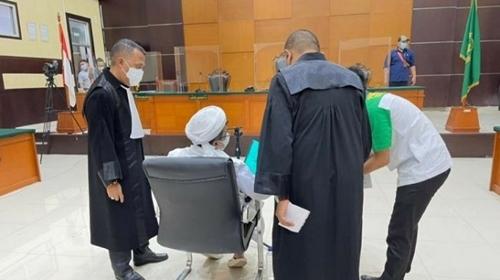 Habib Rizieq Marah dan Menangis di Pengadilan, Mirip Drama Korea