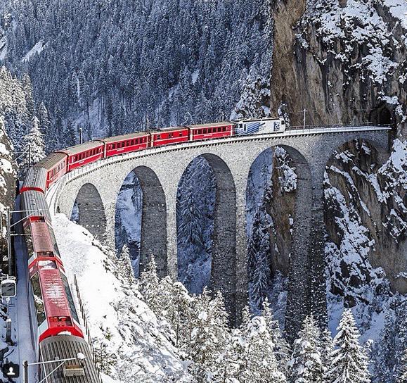 اغرب قطارات العالم ، اغرب صور القطارات في العالم ،صور قطارات غريبة للقطارات