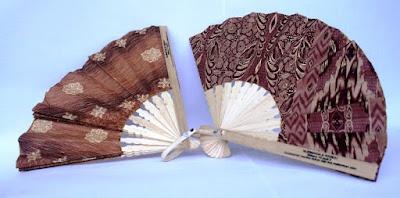 Jual Souvenir Kipas Batik