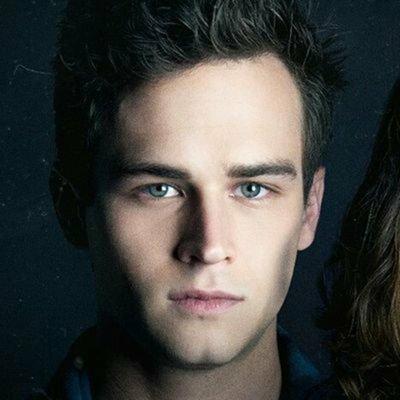 Brandon Flynn actor age, wiki, biography