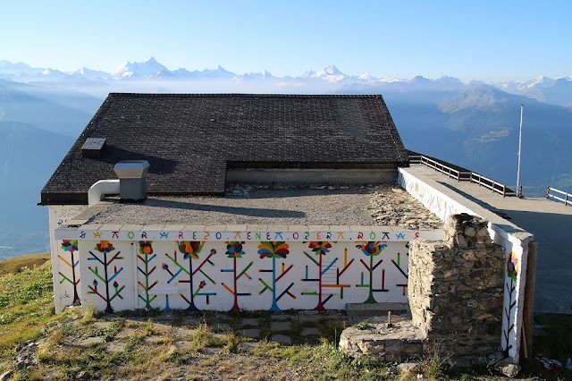 One of the most anticipated works from recently finished Vision Art Festival in Switzerland was the one by Guillaume Alby aka Remed. The French artist spent couple of days working on a building at 2,500m above sea level and creating this beautiful piece.