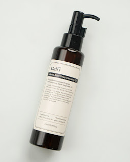 Klairs Gentle Deep Black Cleansing Oil