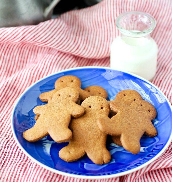 Christmas pogens gingersnaps